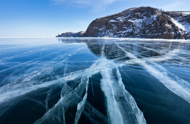 lake-baikal-siberia-cracked-ice